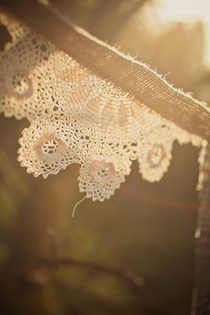 How to Create Rustic Bunting {Burlap, Lace & Tweed} ~ A DIY Tutorial & **Reader Giveaway**... (DIY Projects )