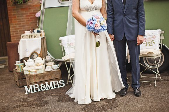 Vintage 78 Gramophone DJs and Champagne Served From A Caravan ~ A Relaxed Vintage Inspired Marquee Wedding... (Weddings )