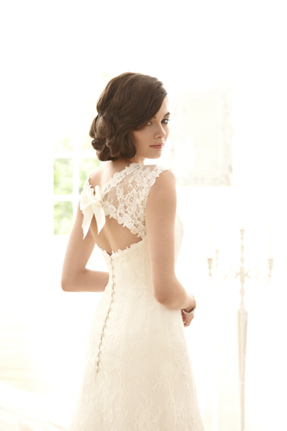 Sassi Holford Now Stocked At The White Room Bridal Boutique in Sheffield... ()