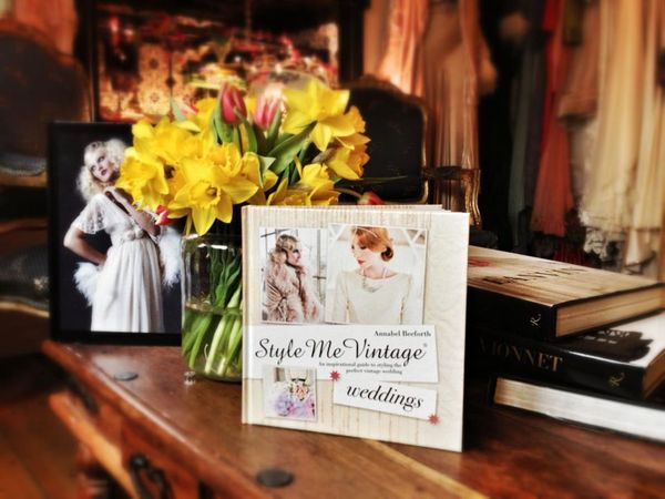 Buy My First Book Now ~ Style Me Vintage: Weddings ()
