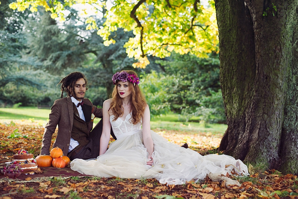 Autumn Woodland Wedding Inspiration ()