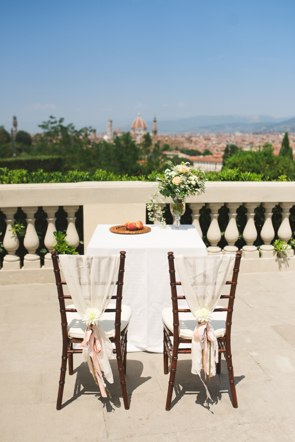 Florence Italy // Elegant Italian wedding inspiration // Modern Vintage Weddings // Carter Nendrick Wedding & Event Planners