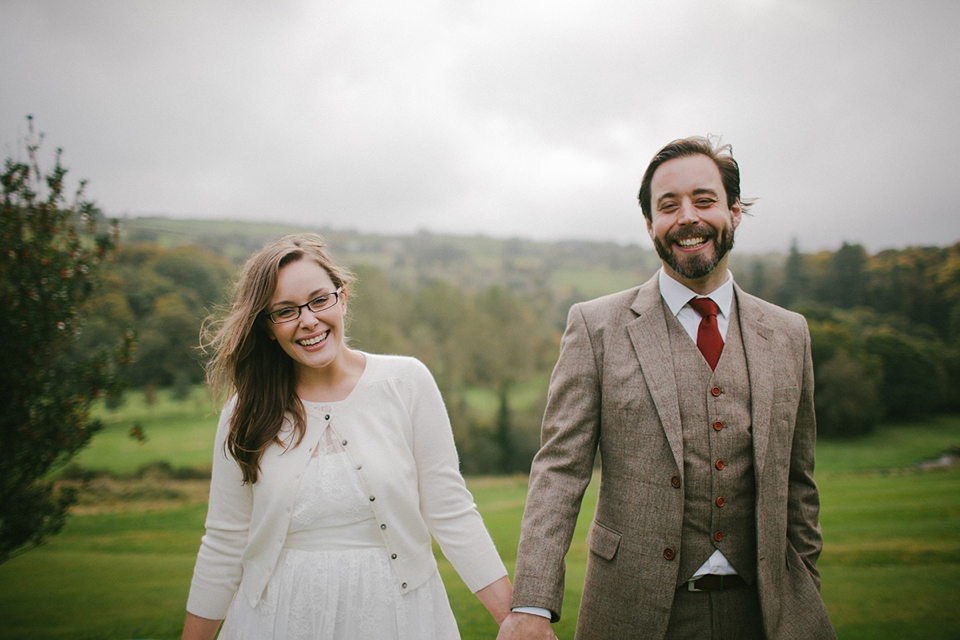 A Pretty Summer Coast Dress for a Sweet and Relaxed Nostalgia Inspired Elopement (Weddings )
