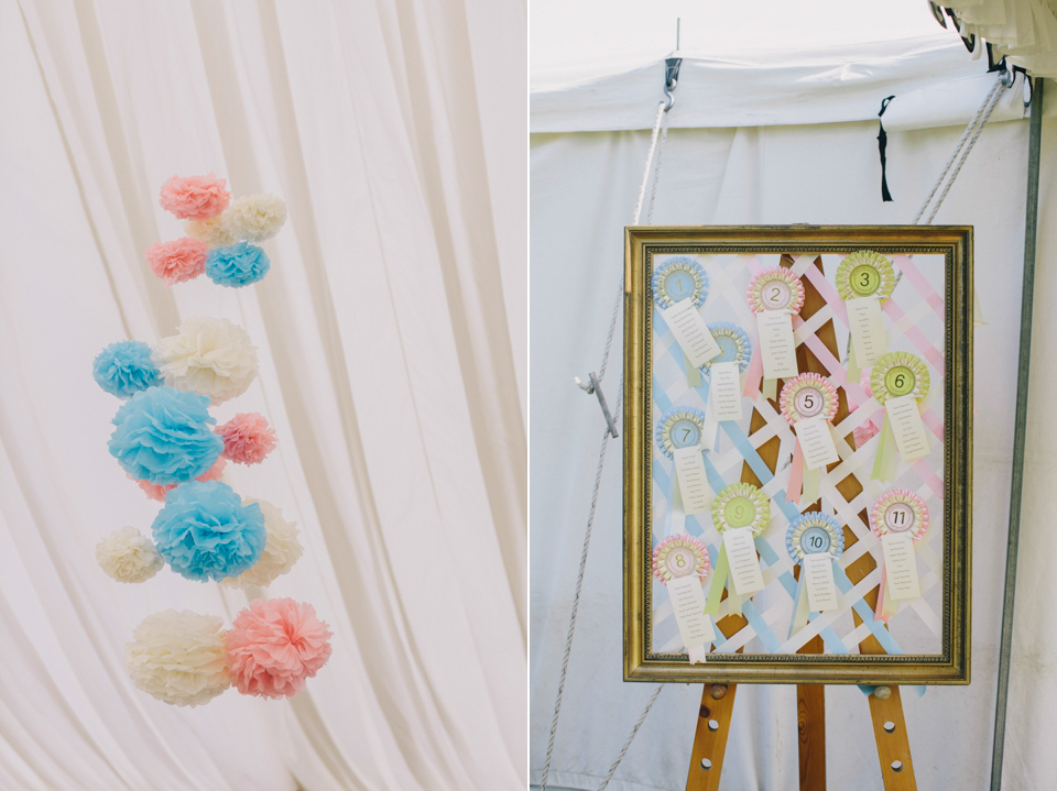 An Etsy Wedding Dress For a Summer Garden Party Wedding With Pretty Pastel Poms (Weddings )