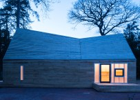 wolfson-tree-management-centre-mess-building-invisible-studio-architecture-gloucestershire-uk_dezeen_1568_6