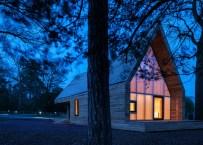 wolfson-tree-management-centre-mess-building-invisible-studio-architecture-gloucestershire-uk_dezeen_1568_7