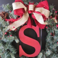 The Winning Wreath (EASY DIY Monogram Holiday Wreath)