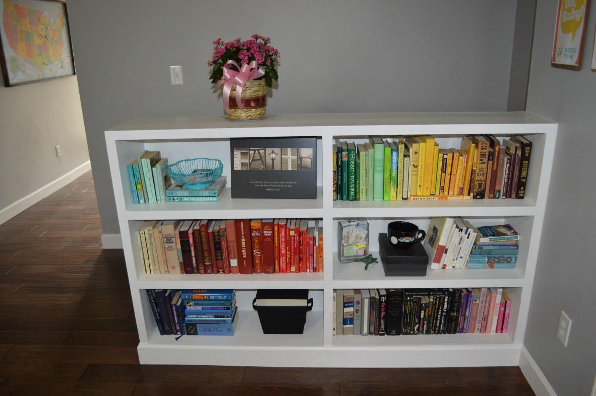 Weekend Rewind: Rainbow Bookshelves Edition