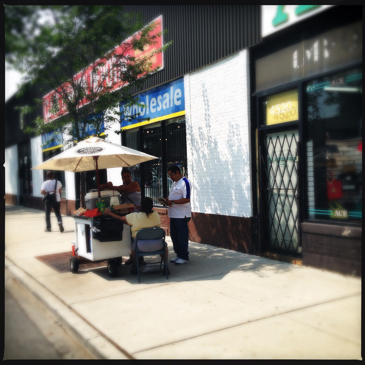 street-vendor-chicago-soozed-bike