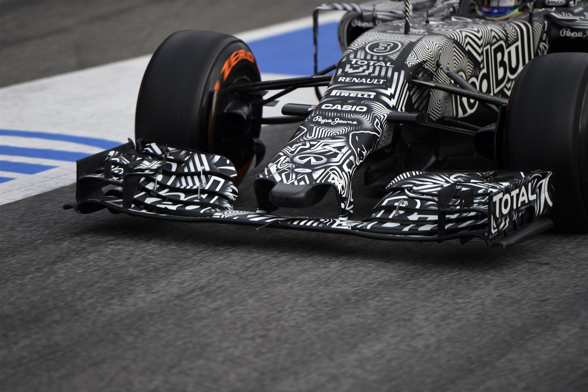 Red Bull Rb11 F1 2015 Preview Red Bull Rb11 Nose The Lowdown