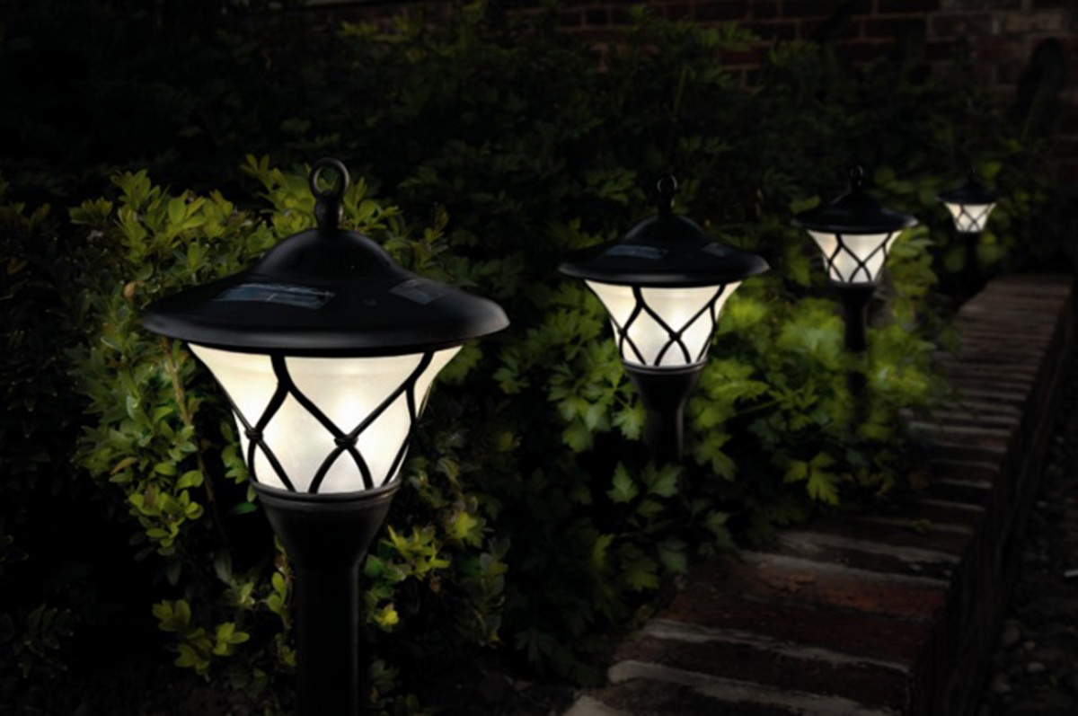 Outside Solar Lights Outdoor Solar Lights For A Beautiful Garden Low Impact Living