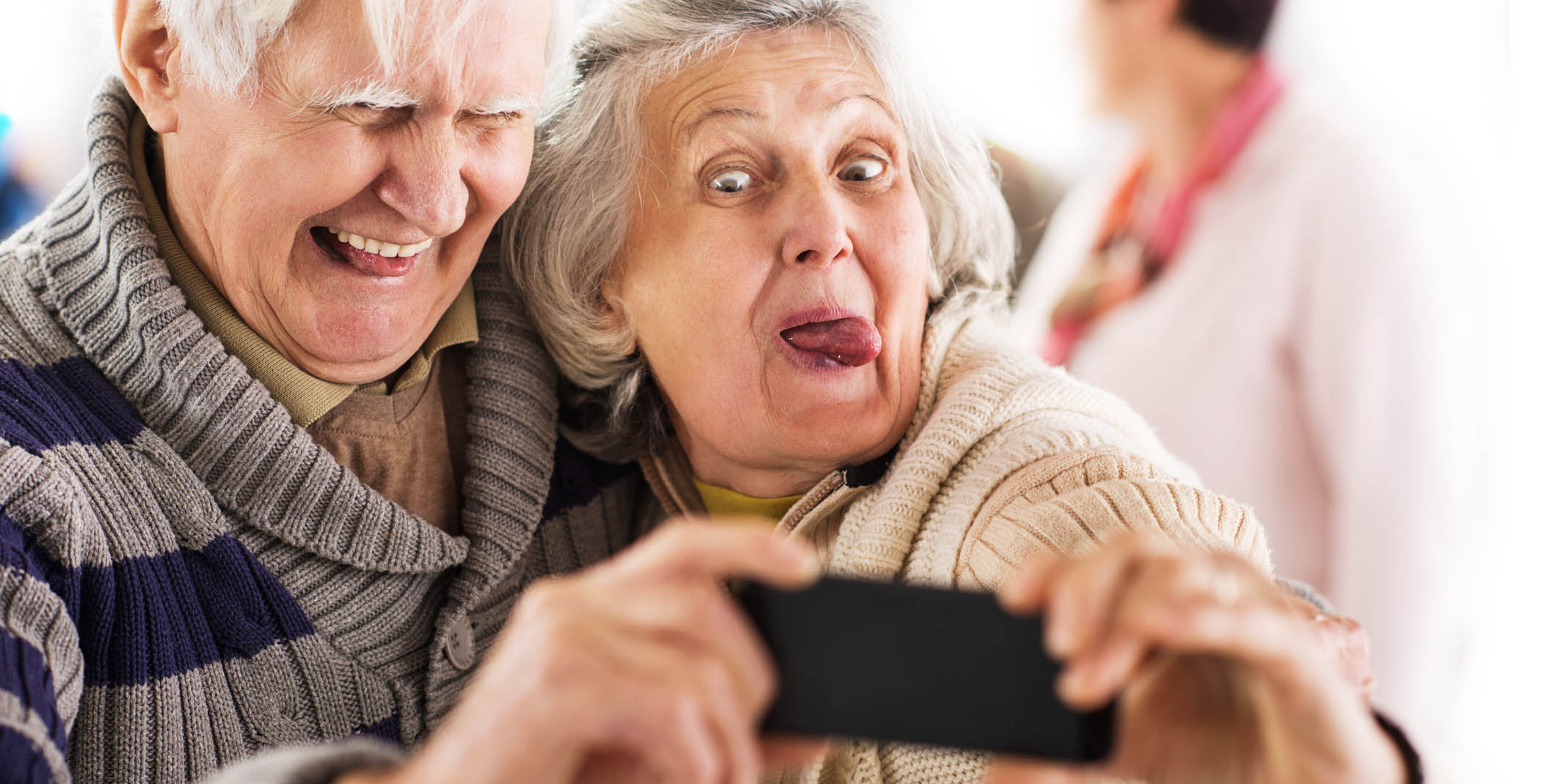 Senior Tech Pew Survey Finds That The Number Of Seniors Who Own Smartphones