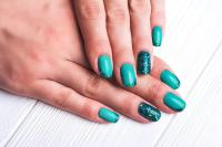 Lucky Polls / 11 Cute and Easy Nail Designs for Summer