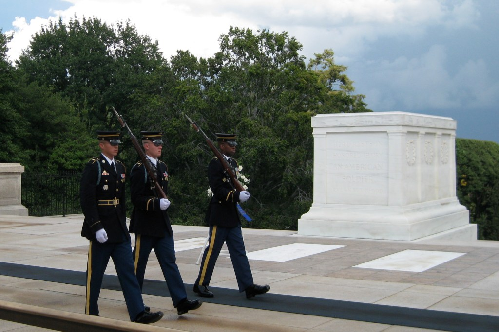 Tomb-of-Unknowns-2