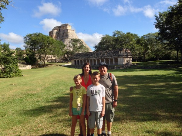 Billy Villarreal, Julie Carter, and their kids Carter and Lily