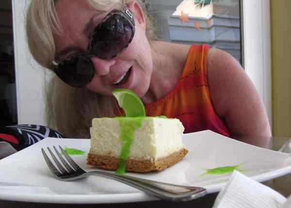 key-lime-pie_patti-morrow_luggageandlipstick.com