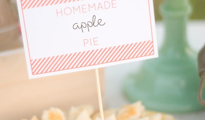 Autumn Market | Crumb-Topped Peach Pie + Printables, Paper Pumpkins, and a Market Banner