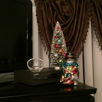 CHRISTMAS COUNTDOWN: DAY 10- CHRISTMAS DECORATIONS | Let ...