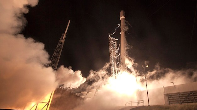 SpaceX Makes History With First Ever Vertical Landing of Reusable Rocket