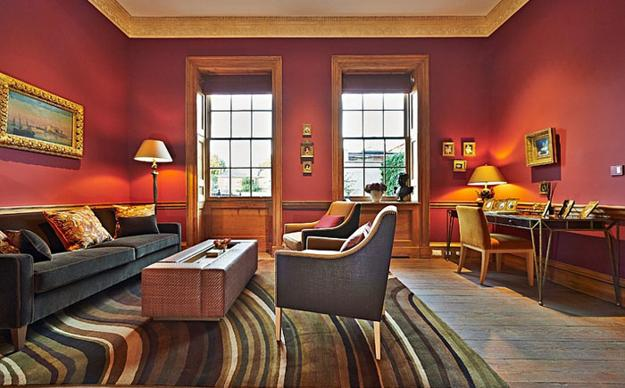Thom Filicia Modern Living Room Designs In Rich And Energetic Red Colors