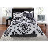 Elegant Black and White Bedroom Ideas - LuxComfyBedding