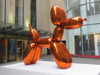 balloon dog orange