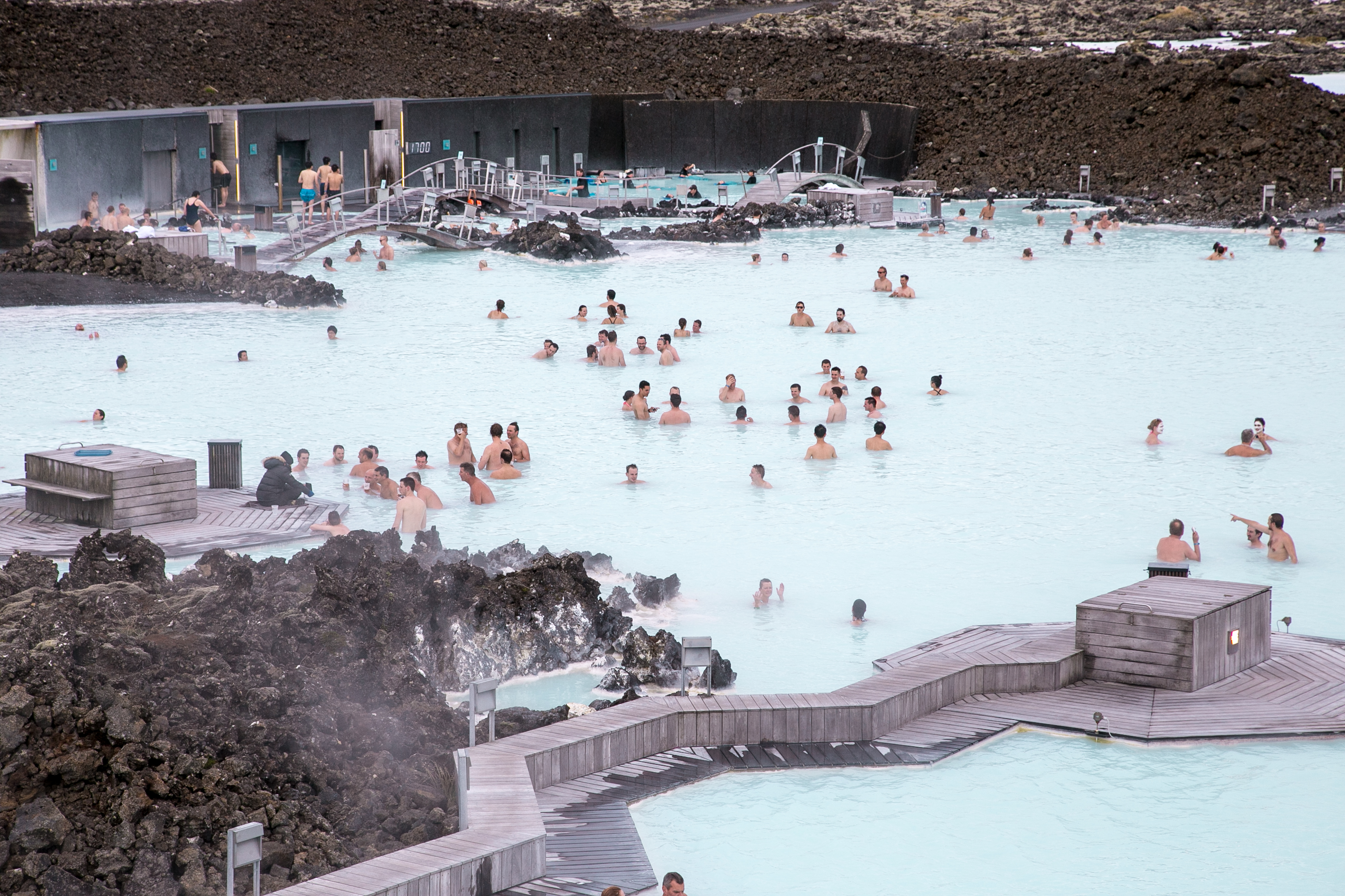 Spa Exterieur Amazon A Dip In Iceland S Blue Lagoon Luxe Beat Magazine