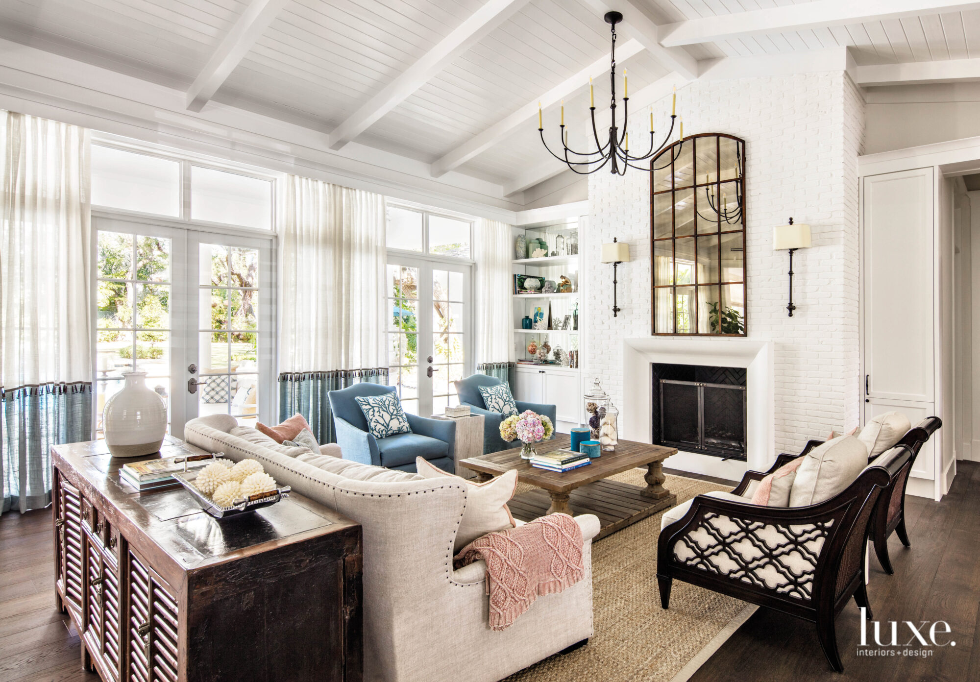 A Miami Reno With A Breezy Hamptons Vibe Offers Relaxed Style Luxe Interiors Design