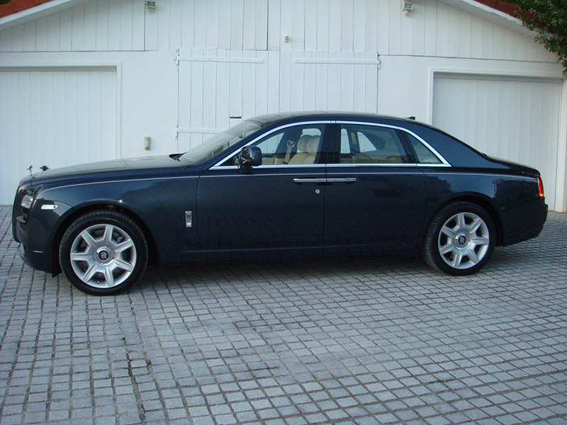 Store Exterieur Lyon Rolls Royce Ghost Location Mariages Lyon