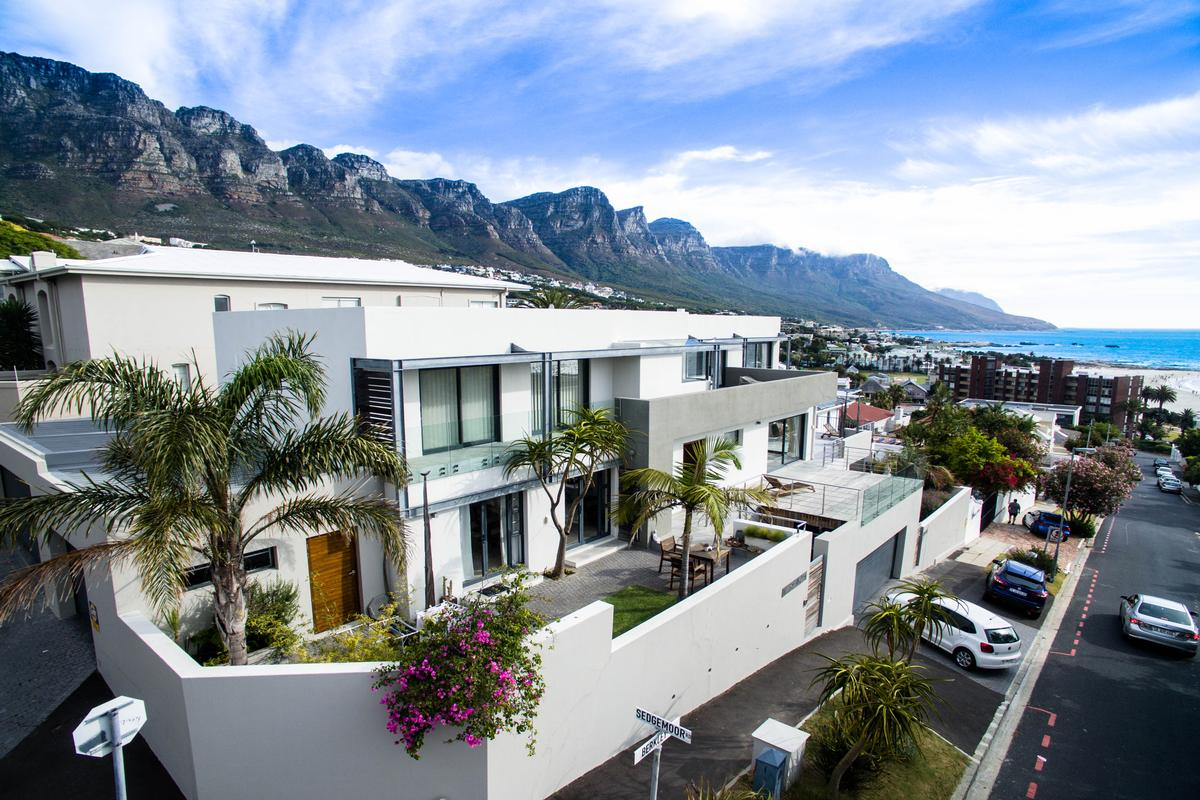 Camps Bay Masterpiece South Africa Luxury Homes - Home Teacher Cape Town