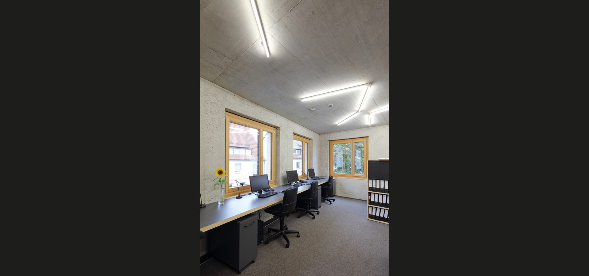 Bürobeleuchtung Led Top Office Lighting With Led Light Strip 20 3 From Luxsystem