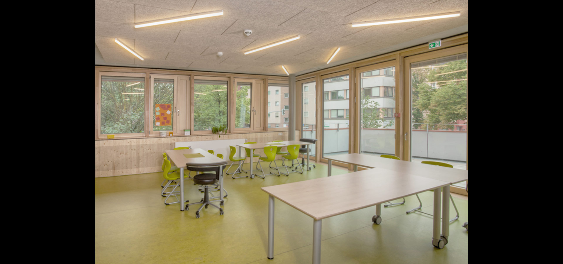 Led Lichtband Deckenbeleuchtung Led Lighting With Light Band For Daycare Centre By Luxsystem