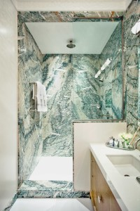 Be Inspired By Green Marble Bathroom Ideas To Upgrade Your ...
