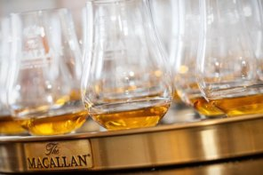 I #RaiseTheMacallan At The Empress
