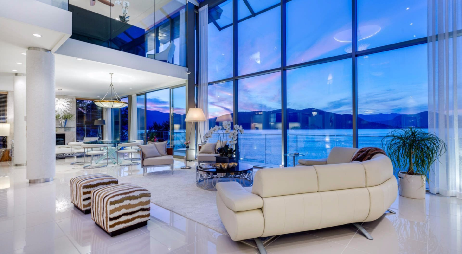 West vancouver mansion on the rocks for Ocean decorations for home