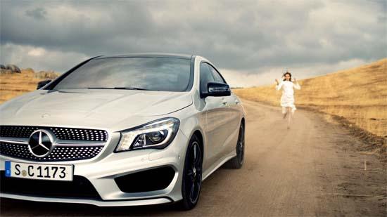 karlie-kloss-Mercedes-Benz-CLA