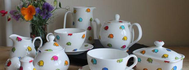 Daisies hand painted English Bone China Sugar Bowl and Milk Jug