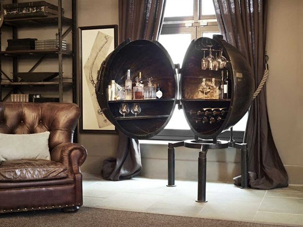 The Egg Chair A Personal Steampunk Bar Transformed From A Light Bulb