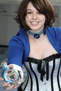 Beryla Gann as Elizabeth close up