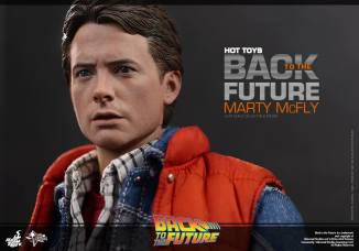 Hot Toys Back to the Future Marty McFly close up