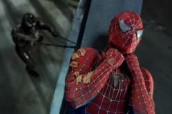 spider-man 3 - venom strangles spider-man