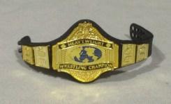 Hulk Hogan Defining Moments figure - WWF title 1987