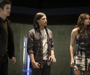 The Flash - The Trap - Barry, Cisco and Caitlin