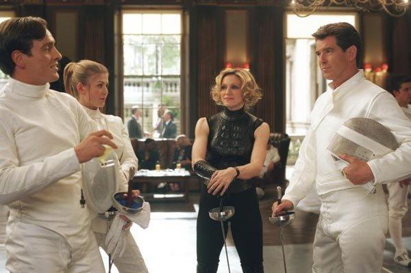 Die Another Day - Gustav Graves, Miranda Frost, Veraty and Bond