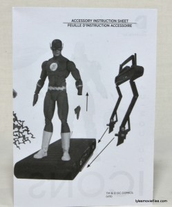 DC Icons The Flash figure review -instructions