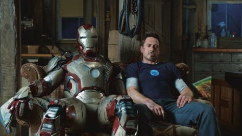 iron-man-3-iron-man-mark-42-and-tony-stark-robert-downey-jr