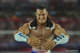 wwe-elite-39-the-british-bulldog-figure-review-showing-wrist-bands