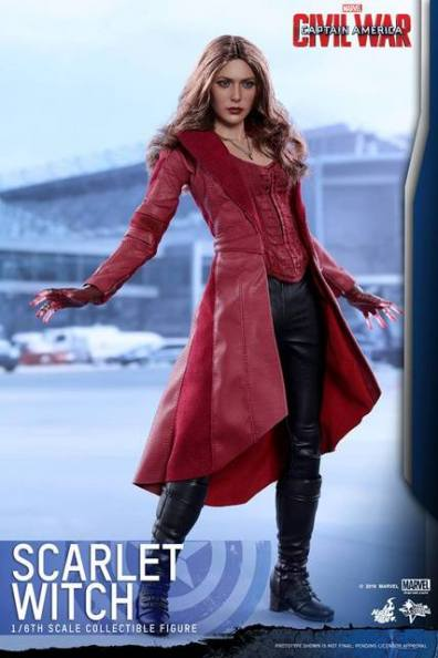 Hot Toys Scarlet Witch figure -arms back