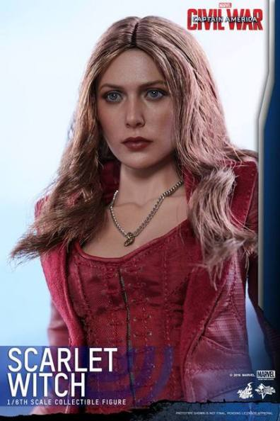 Hot Toys Scarlet Witch figure - face close up