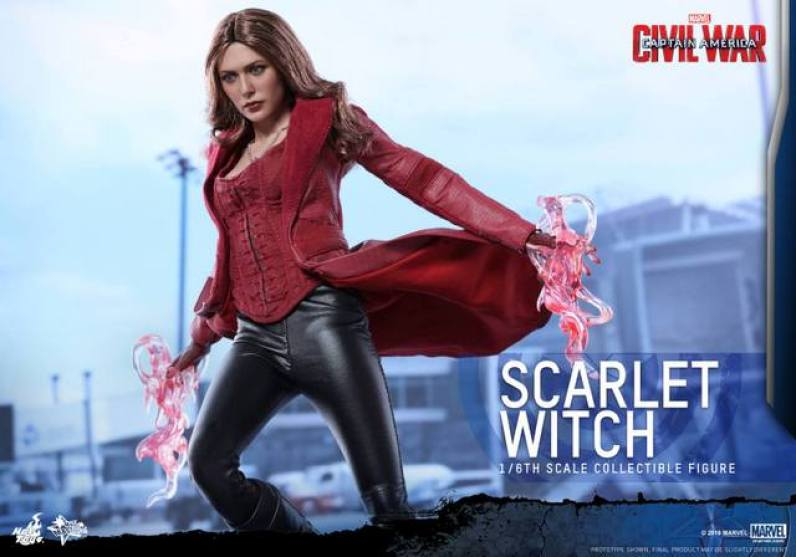Hot Toys Scarlet Witch figure - rising up